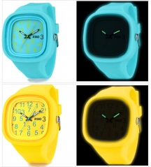 Glow in Dark Silicone Jelly Wrist Watch for Christmas Day
